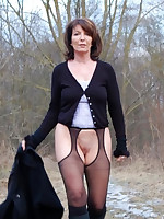 Mature Amateurs in Stockings - Moms Lingerie