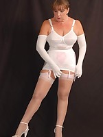 Retro Nylon Fetish - sexy vintage & retro girls dressed in stockings,.. - Retro Granny