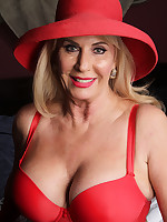 Lady in red - Girdles Granny